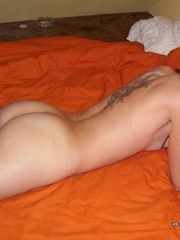 Selection of amateur tattooed chicks' sexy selfpics from Badass Girlfriends