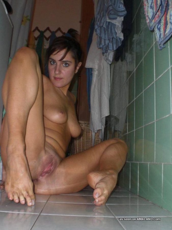 girls naked in the restroom
