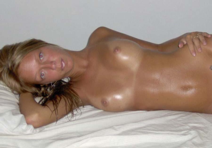 Sleazy Blonde 47