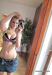 picture gallery of an amateur sexy bigtittied gf camwhoring from GF Melons