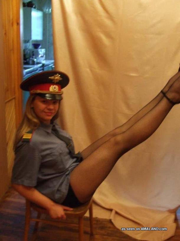 интим фото в милиции