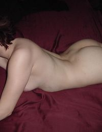 A horny redhead chick gets jizzed from jizzonmygf
