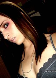 Nice and hot selfpics of an amateur Gothic babe from My Alternative GF