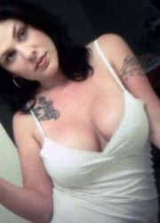 Picture collection of amateur sexy tattooed scene hotties from My Alternative GF