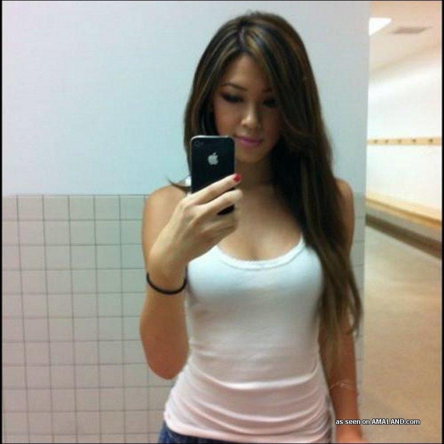 Hot asian girls getting fucked pics 29