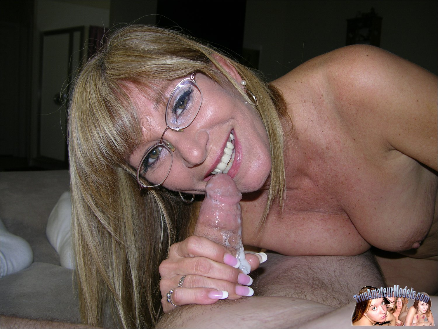 nude pictures of grandmas giving blowjobs