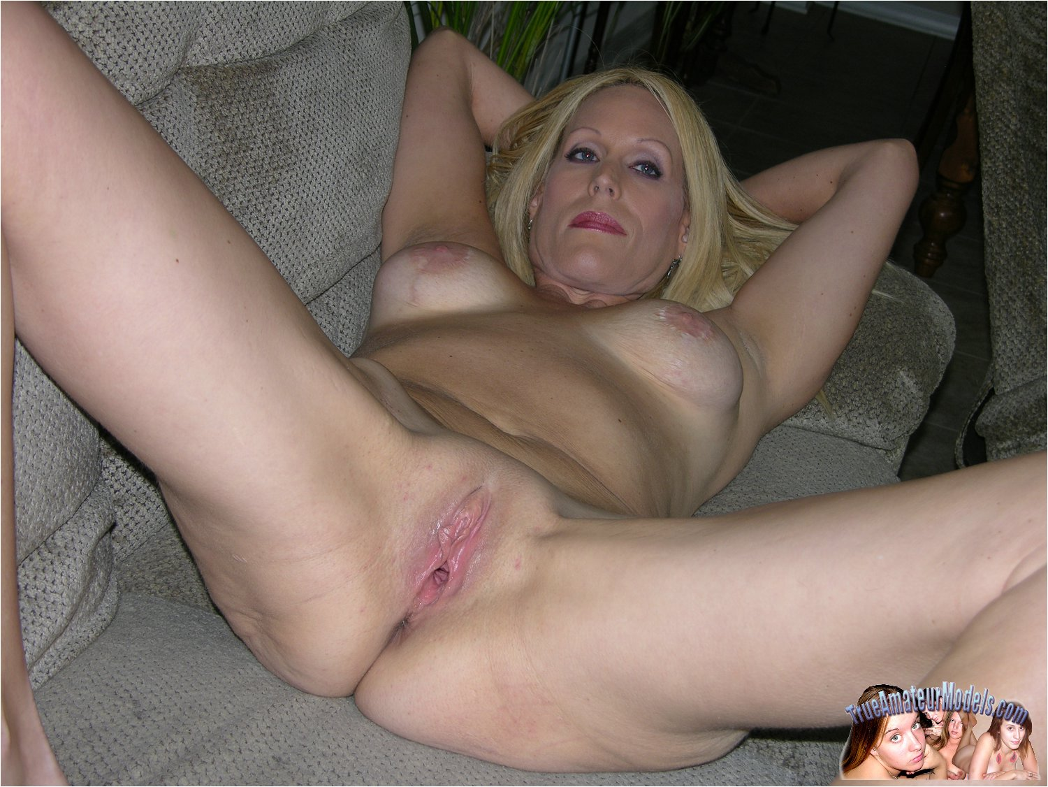 amateur naked milf tumblr