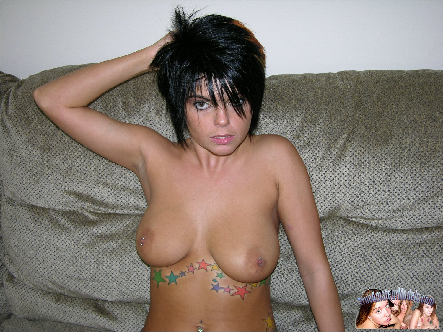 Punk naked party, rubbing there pussy