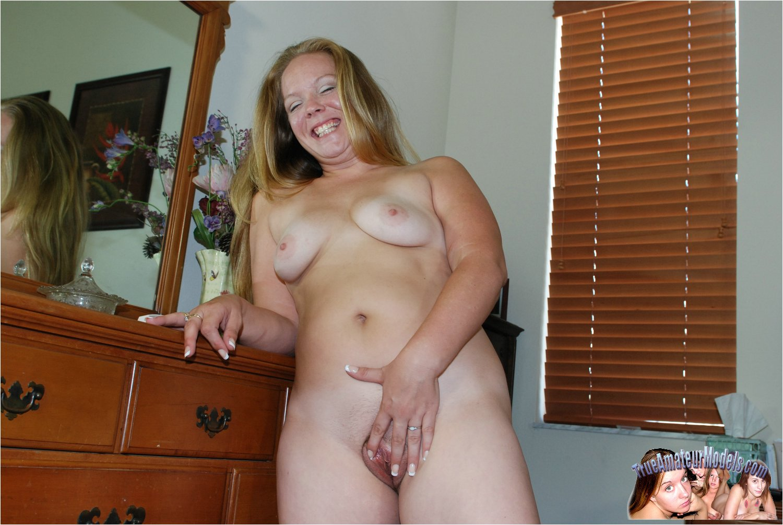 Nude Cam
